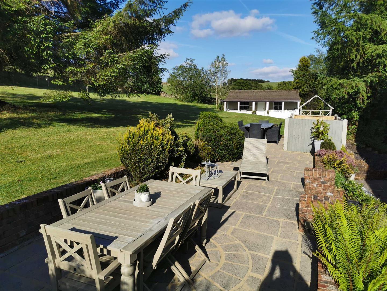 4 Bedroom Semi Detached Cottage For Sale - Image 16